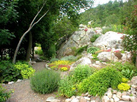 Le jardin floral de la pocati re for Jardin 2 niveaux